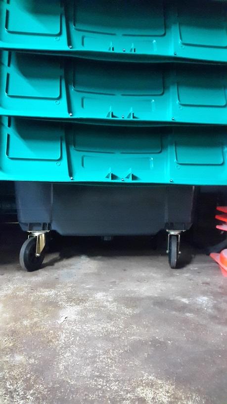 conteneur poubelle 230